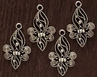 Fancy Filigree & Beaded Pewter Fleur de Lis Pendant Charms - Lots of Delicate Detail - Set of 4