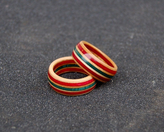 Red blue natural recycled skateboard rings  fa635907758