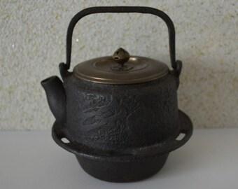 Vintage Japanese Nambu tetsubin, iron kettle, stamped