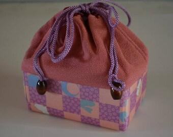Kinchaku drawstring purse, chirimen, Japanese handbag
