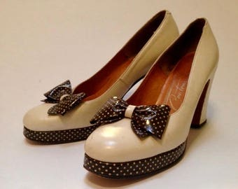Vintage 1960s does 40s Shoes | Polkadot Bow | 40s style