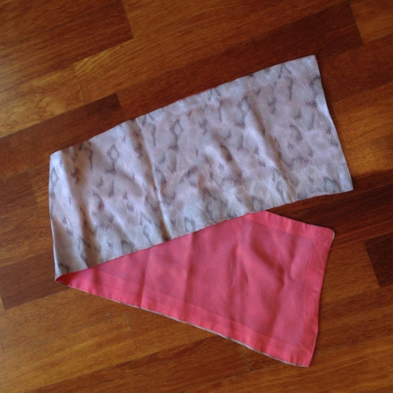 Vintage 1940s Pink Silk Scarf | 1940s - image 6