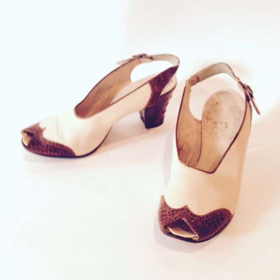 af75502d8cb Vintage early 1940s Brown   Cream Slingback Shoes