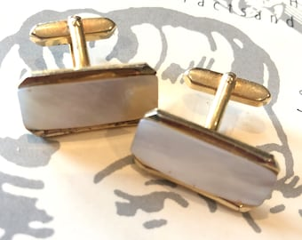 Vintage 1970s Mother of Pearl Cufflinks | 70s does 40s