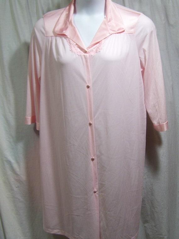 Vanity Fair Coloratura Robe 31-107
