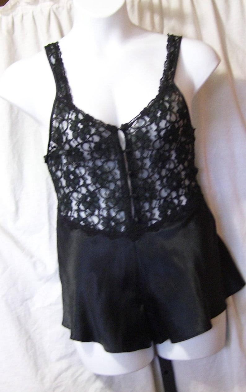 6973e3d7e665 Victoria s Secret Teddie encaje negro y Satén. Toque el   Etsy