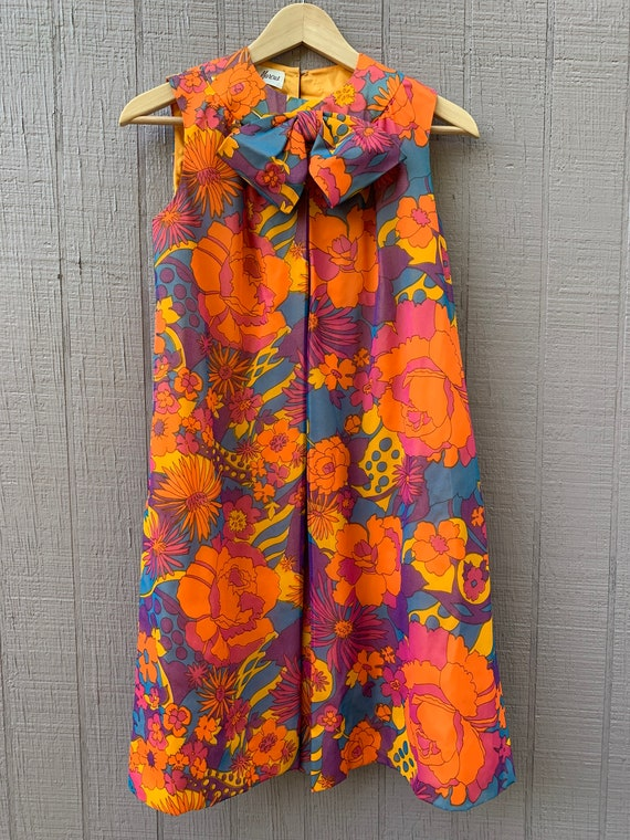 Sixties Fashion Sheer Floral Print Fully Lined Dre