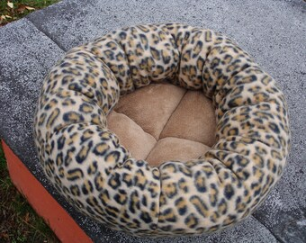 Cat bed, dog bed, leopard bed, pet bed, donut bed, round bed, machine washable, fleece bed, round cat bed, round pet bed, fleece pet bed