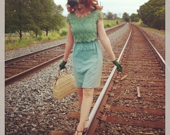Sale! Vintage 1960s 60s Sea Foam Green Mad Men Lace and Crepe Dress