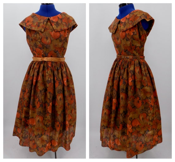 Vintage 1950s Handmade Autumn Splendor Rust Red Fl