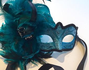Feather Masquerade Mask -Turquoise mask- Mardi Gras Mask- Carnival mask- Feather mask- NYE Masquerade Mas- Venetian Mask- Masked Ball-