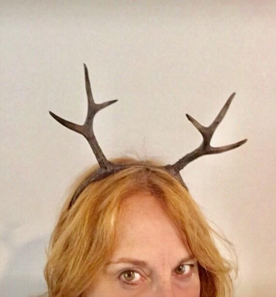 Rentier-Haarreif mit Geweih Braun Kopfschmuck Hirschgeweih auf Reif Reindeer