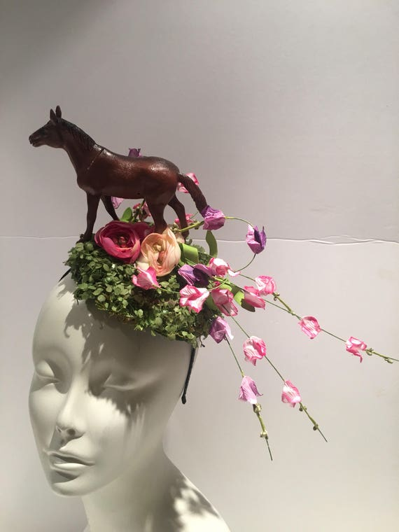 Horse Fascinator Polo Match-Fascinator Derby Horse race  a256ba222bc