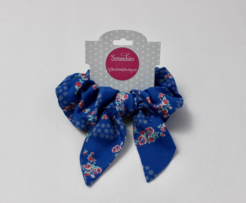 Handmade Purple Ribbed Hair Cloud Flower Trail Top Knot Scrunchie Hair Scrunchie 80/'s 90/'s Retro Scrunchies