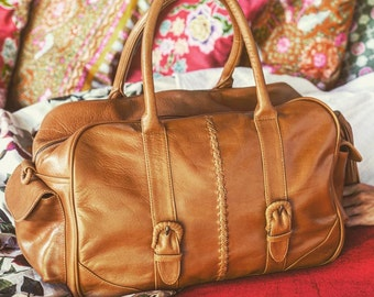 CARAVAN. Tan leather travel bag / womens overnight bag / leather weekender bag / leather carry on bag. Available in different leather colors