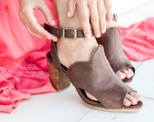 SALE. Sz. 8. MIRACLE. Slingback mules shoes size 8 leather shoes heeled sandals size 8 women shoes block heel shoes size 8