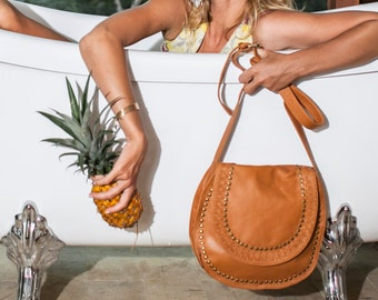 Leather crossbody bag   leather crossbody purse   leather purse   saddle bag    boho bag. Available in different leather color. a2962c47f5e94