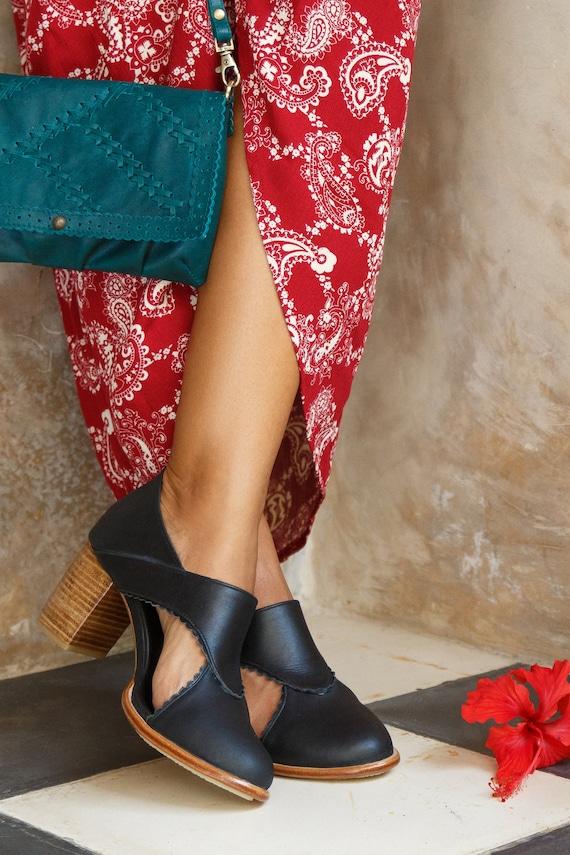 Regen Kuss. Schwarze Fersen Braut Fersen High Heels Schuhe schwarze Lederschuhe. ALLE Größen