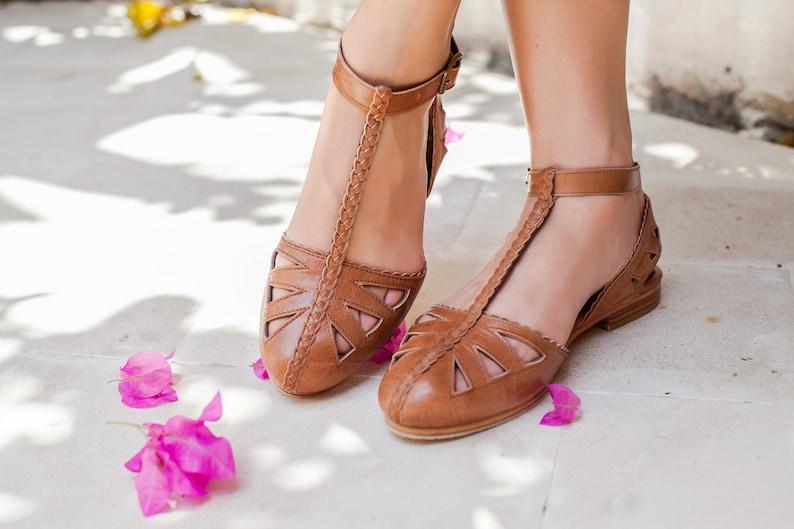 00490df3089d8 Sale.Sz. 10.5. BOUNTY. T-strap leather sandals size 10.5 / t-strap sandals  / t-strap flats size 10.5 / strap shoes size 10.5