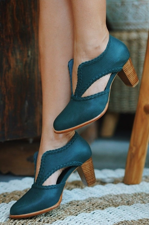 SPIRIT WALKER. Green boots leather booties women shoes low cut shoes block heel boots
