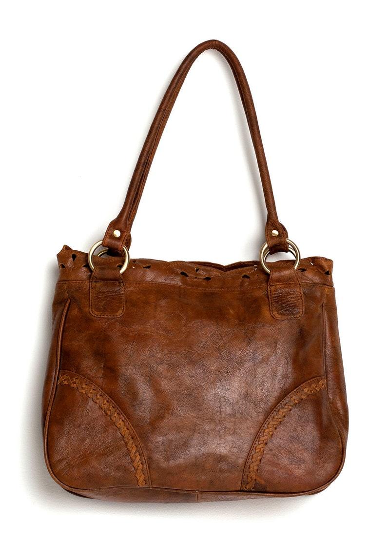 b82ccb891b AMICA. Leather shoulder bag   Vintage style bag   leather