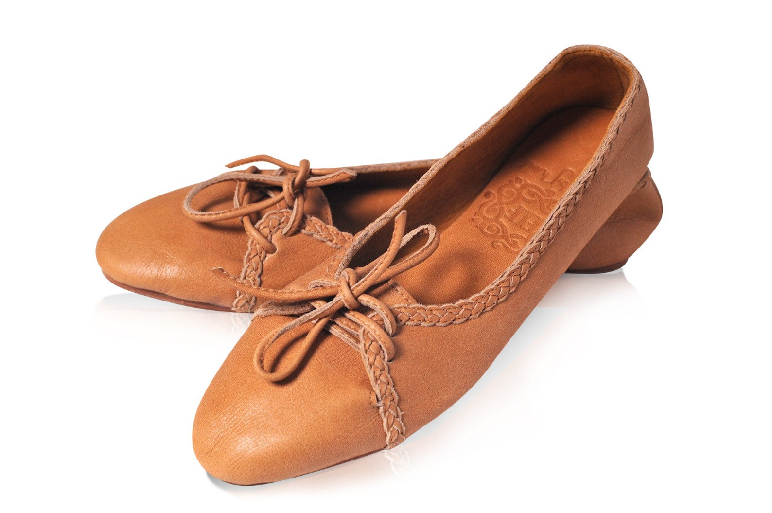 sasha. leather ballet flats / womens leather loafers / leather flats shoes / womens shoes / lace up shoes. womens flat shoes. si