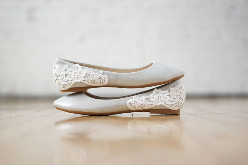 Silver Flats For Wedding.Silver Wedding Flats Wedding Shoes Ballet Flats Reception Shoes Bridesmaid Bridal Shoes Bridal Flats Silver Shimmer Shoes With Ivory Lace