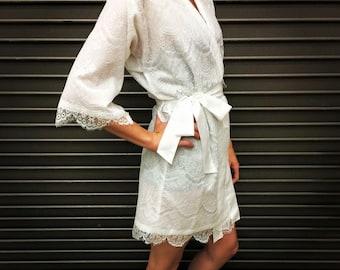Lace Wedding Robe,Bridal Robe,White Robe,Lace Robe,White Lace Robe,Wedding Shower Gift, Bridesmaid Robe,Bridal Shower Gift, Bridesmaid Gift