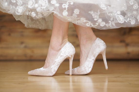 e4e427e1549 Champagne Wedding Shoes,Velvet Heels,Bridal Heels,Velvet Wedding  Heels,Champagne Pumps,High Heels,Bridesmaid,Bridal Shoes with Ivory Lace
