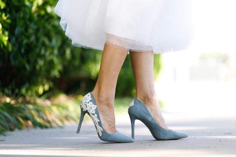 1b6b2b45c36 Blauw grijs bruids hakken Trouwschoenen hoge hakken bruids | Etsy