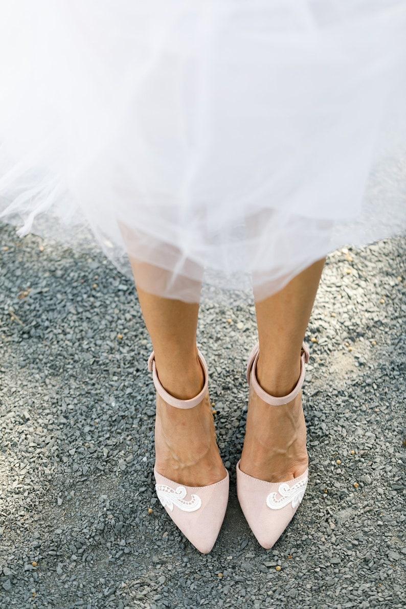 Blush Wedding Shoes,Wedding Heels,Blush Heels,Block Heel,Low Heels,Pink  Heels,Bridesmaid Gift,Bridal Shoes,Cute Bridal Heels with Ivory Lace