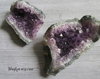 Amethyst Geode Cluster, Amethyst Cluster, Raw Amethyst cluster, Amethyst Crystal, Altar Decoration, Altar Crystal, Witchcraft Accessories