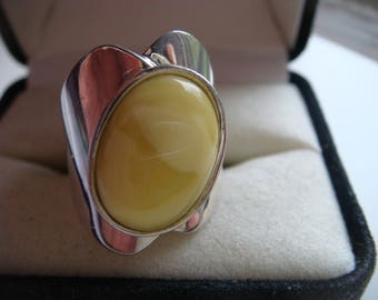 Silver Ring with Lemon Yellow Stone