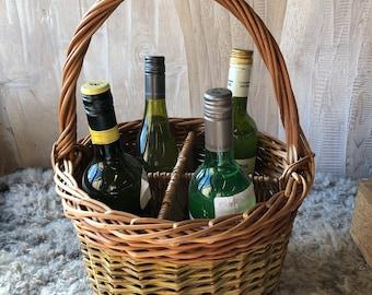 Willow wine carrier basket for 4 bottles