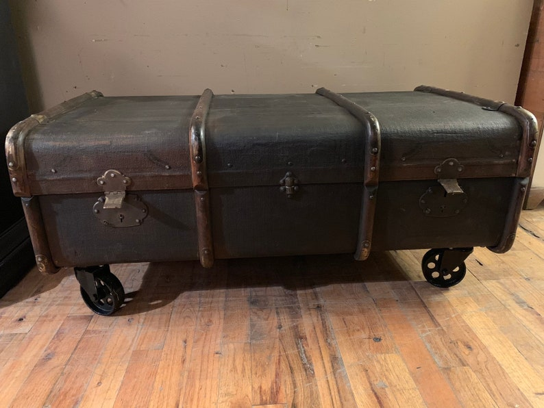 Trunk, Steamer Trunk Coffee Table