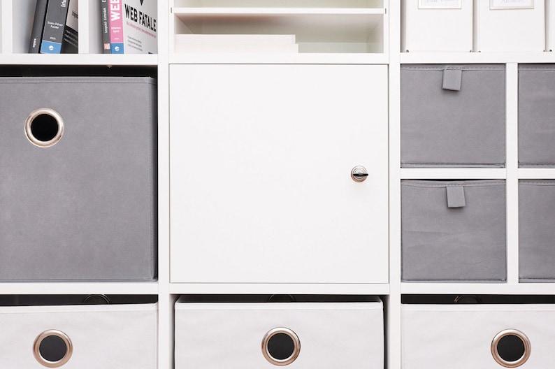 Ikea Scaffali Di Metallo.Porta Con Serratura Per Kallax Ikea Expedit Scaffale Con Castello E Pannello Posteriore In Bianco Applicazione Diversa