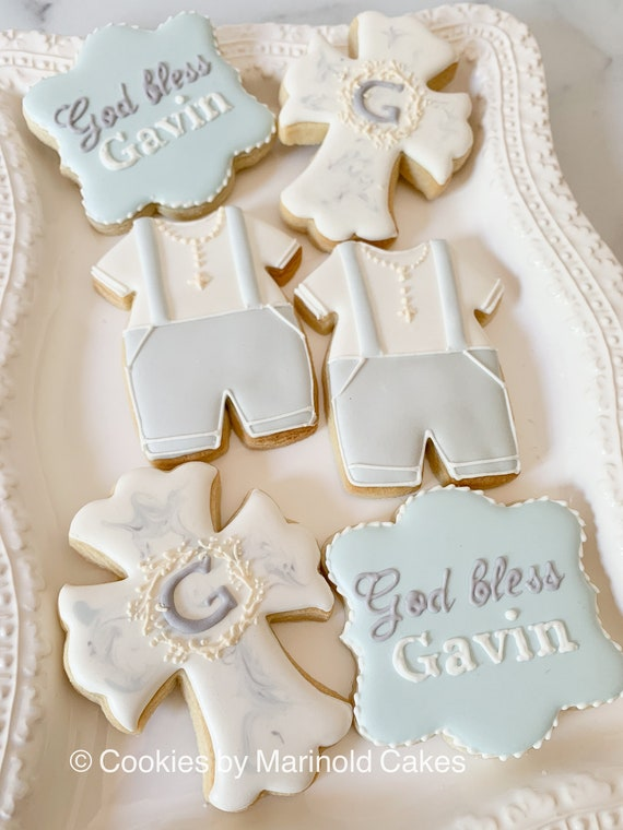 Christening or Communion Cookies with Monogrammed Wreath, 12 pieces