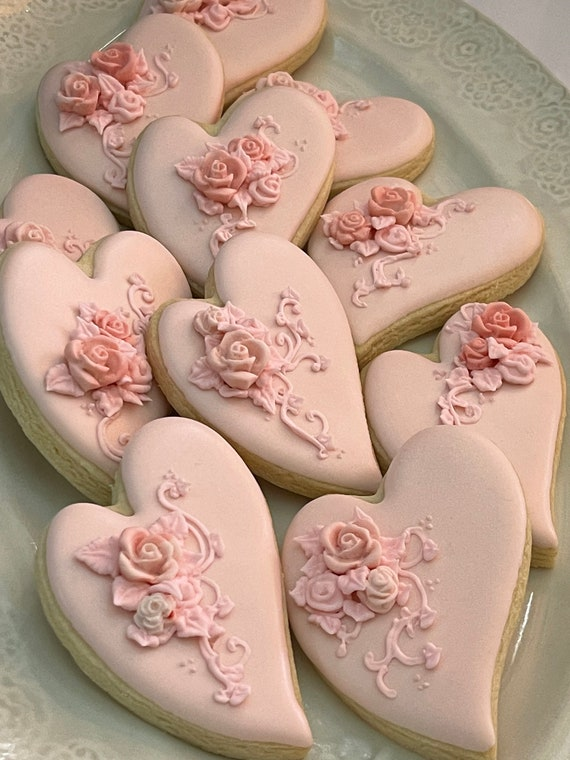 Shabby Chic Folk Art Heart Cookie Favor for Weddings, Bridal Showers, Bridesmaids Gifts, Baby Showers, 1 Dozen
