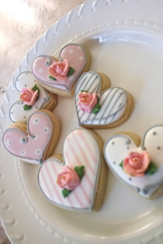 Shabby Chic Themed Heart Cookies with Rosebud