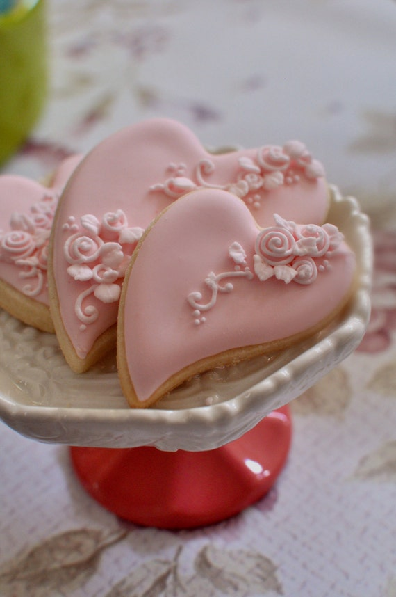 2 Dozen Folk Art Heart Cookie Favor-Shabby Chic  #2 Wedding Favors, Bridal Showers, Bridemaids Gifts, Baby Showers