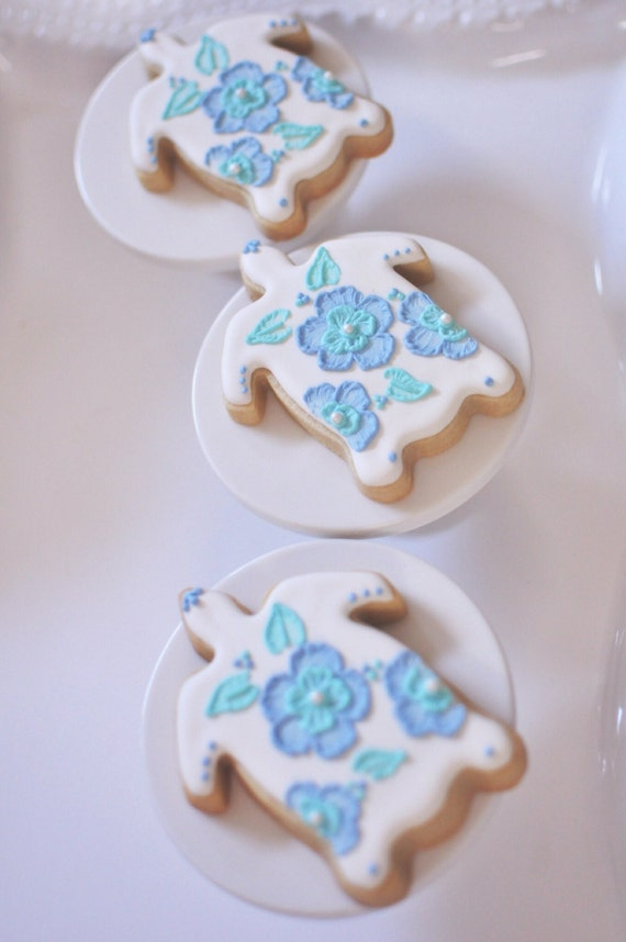 Whimsical Turtle Cookie Favors- 1 Dozen Brush Embroidered Turtle Cookies