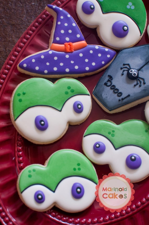 Halloween Cookies - Creepy Eyes, Witch's Hat, Creepy Spider on Coffin