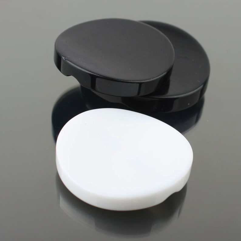 10 Pcs 0.83~1.50 Inches BlackWhite Curved Resin Buttons for Coats Sweaters