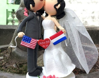 Love without borders clay doll wedding cake topper, Groom and bride kissing clay miniature, engagement clay figurine,clay couple anniversary