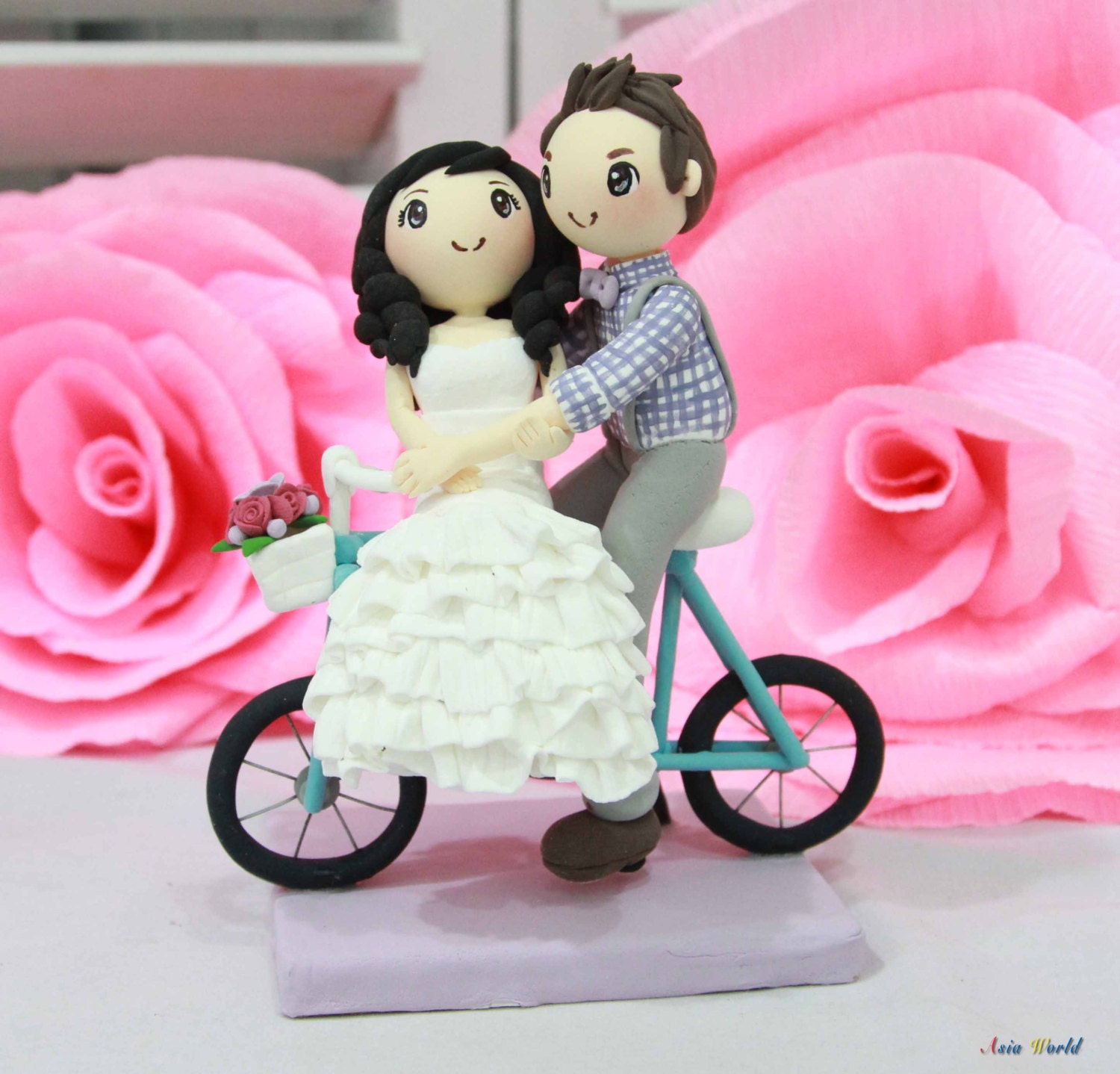 Wedding cake topper bicycle wedding couple with check shirt | Etsy