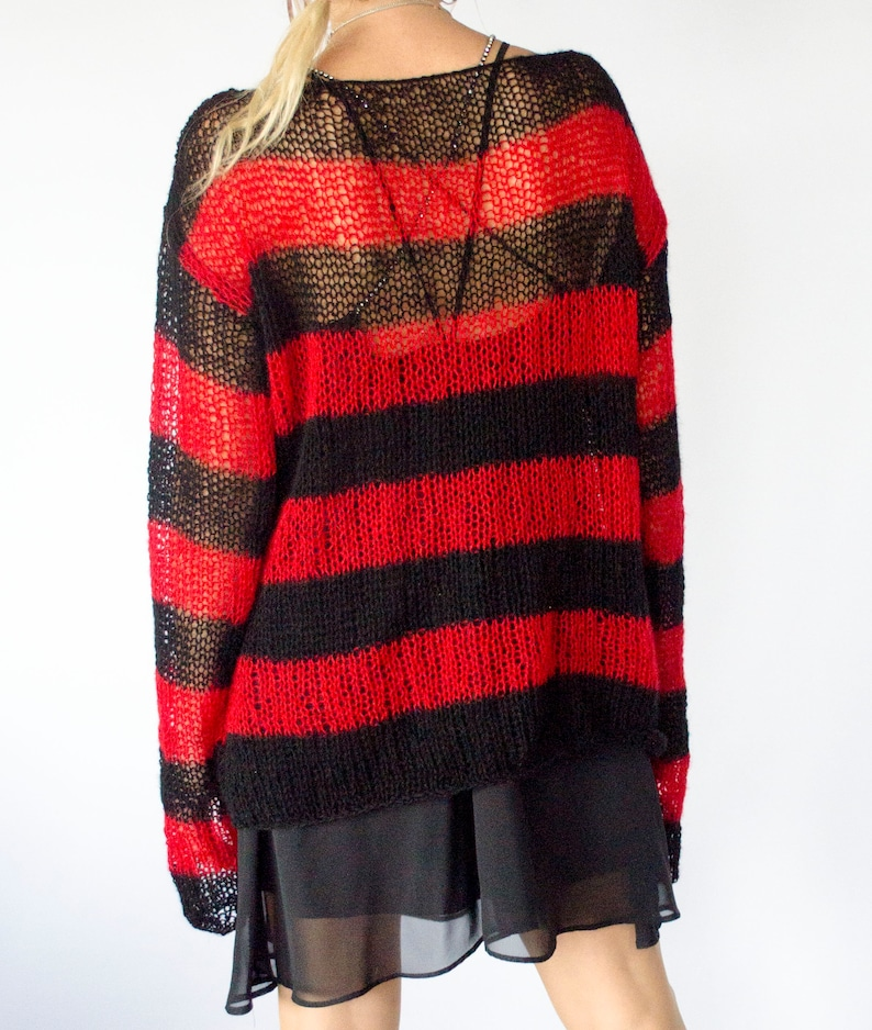 713daccc7b Red and Black Striped Baggy Sweater 90s Grunge Clothing