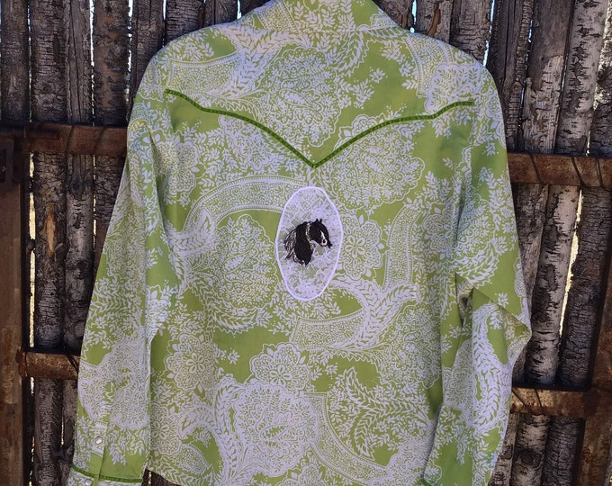 Pretty Arait blouse, size XL