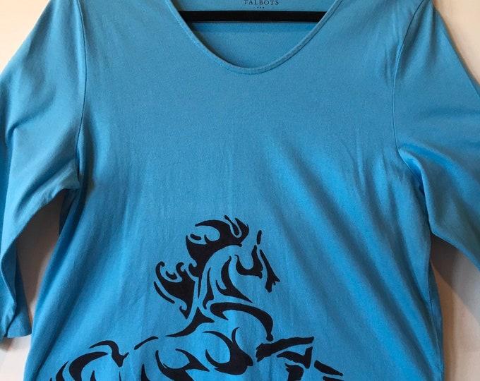 Beautiful 3/4 sleeve horse shirt SZ XL