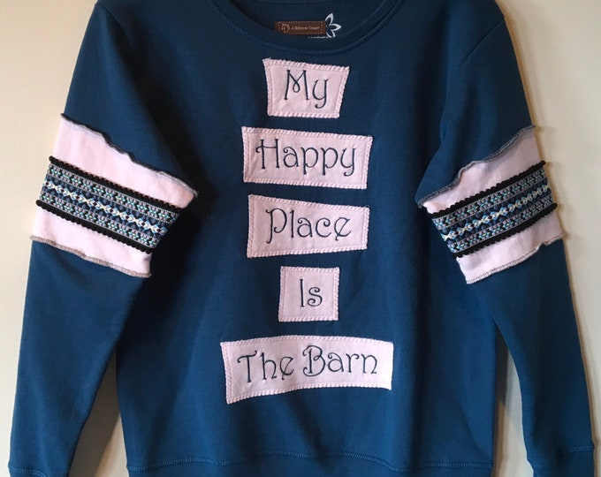 Happy Place Barn sweatshirt SZ S