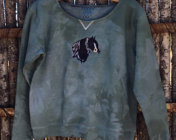 Cute Gypsy Vanner sweatshirt SZ S/M